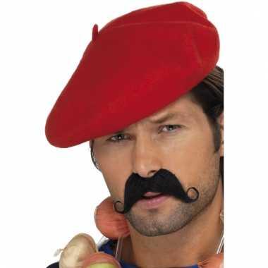 Rode franse baretten