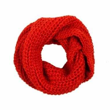 Rode gebreide ronde sjaal voor volwassenen