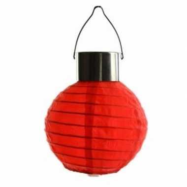 Rode lampion op zonne energie voor buiten