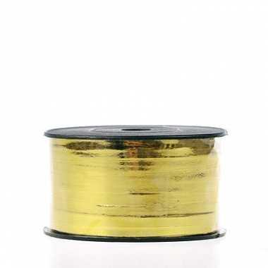 Rol met goudkleurig cadeau lint