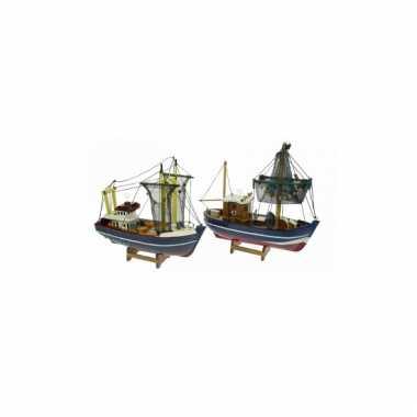 Schaalmodel boot kotter met netten omhoog 24 cm