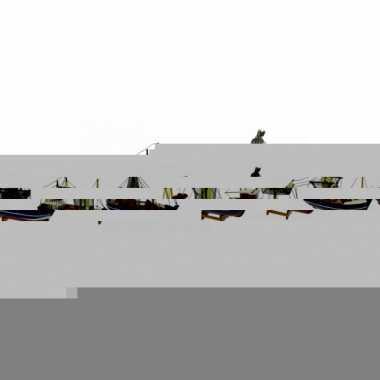 Schaalmodel boot met groene masten 24 cm