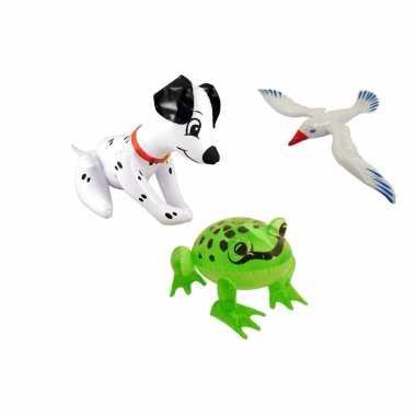 Set opblaasbare witte meeuw dalmatier hond en groene kikker