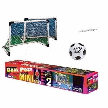 Set van 2 voetbal goals 92 x 63 met kleine voetbal