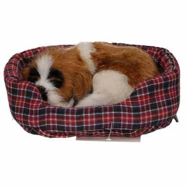 Sint bernard puppy knuffeltje in mand 11 cm