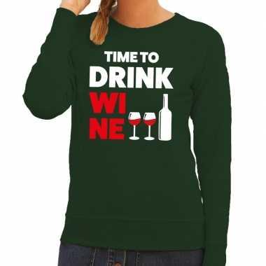 Time to drink wine tekst sweater groen voor dames