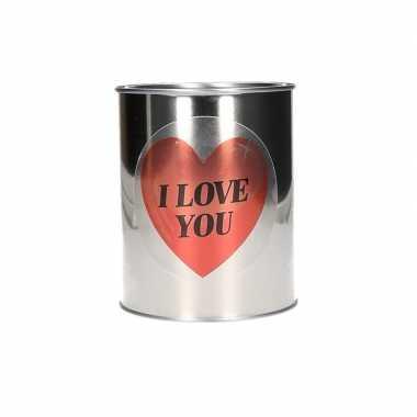 Valentijncadeau blik met i love you sticker