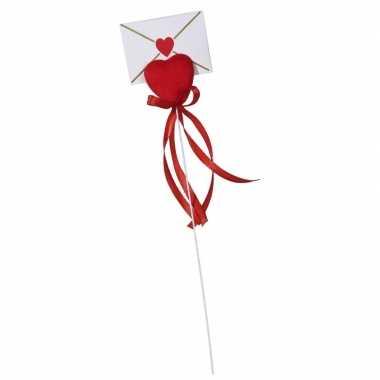 Valentijncadeau hartje met kaart en lint