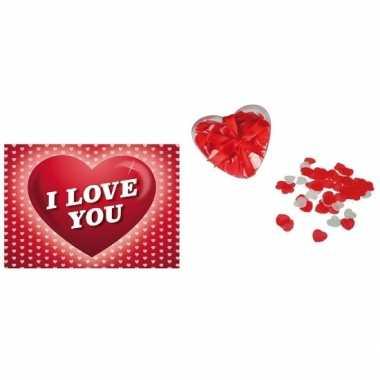 Valentijnsdag cadeau hartjes bad confetti met valentijnskaart