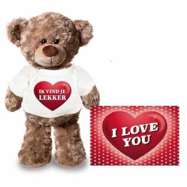 Valentijnskaart en knuffelbeer 24 cm met ik vind je lekker shirt