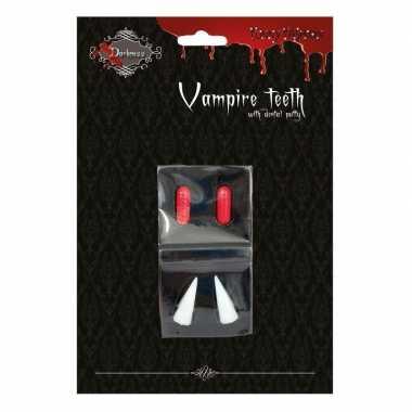 Vampier hoektanden met bloedcapsules