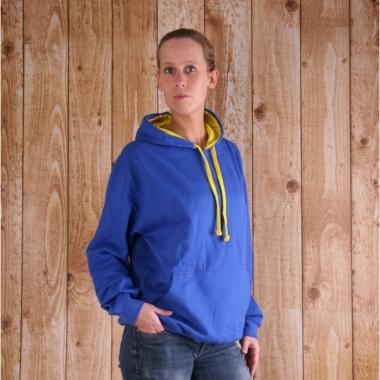 Varsity dames sweater kobalt met gele capuchon