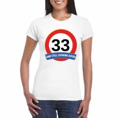 Verkeersbord 33 jaar t-shirt wit dames