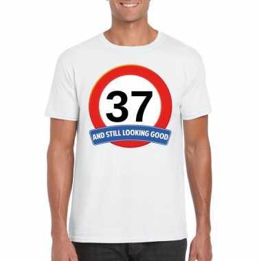 Verkeersbord 37 jaar t-shirt wit heren