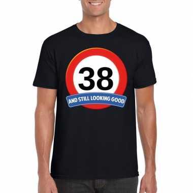 Verkeersbord 38 jaar t-shirt zwart heren
