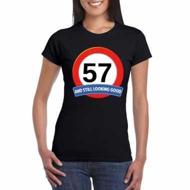 Verkeersbord 57 jaar t-shirt zwart dames