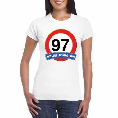 Verkeersbord 97 jaar t-shirt wit dames