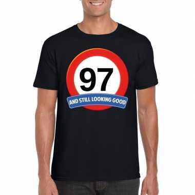Verkeersbord 97 jaar t-shirt zwart heren