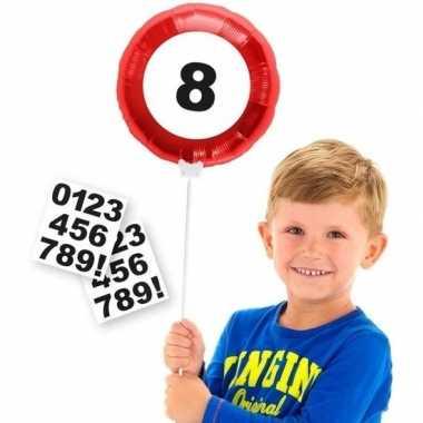 Verkeersbord verjaardag folieballon met cijfer stickers 23 cm
