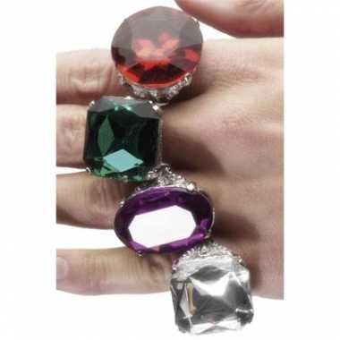 Verkleed edelsteen ring