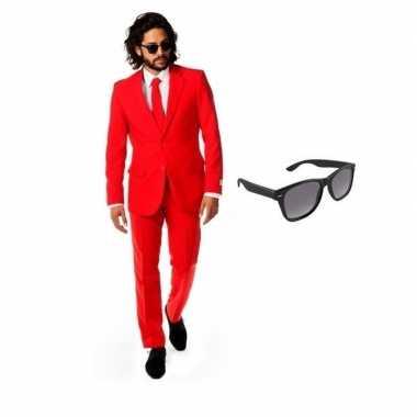Verkleed rood net heren kostuum maat 52 (xl) met gratis zonnebril