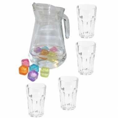Waterkan met 4 drink glazen