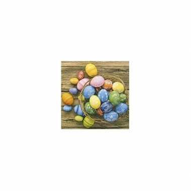 Wegwerp servetten gekleurde eieren mandje