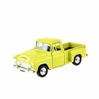 Welly modelauto chevrolet 1955 stepside geel 1:34