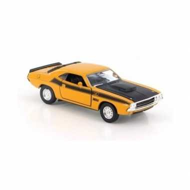 Welly modelauto dodge challenger 1970 geel 1:34