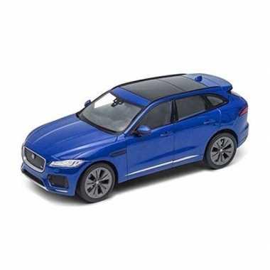 Welly modelauto jaguar f-pace blauw 1:34