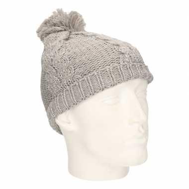 Winter muts met pompon grijs voor meisjes