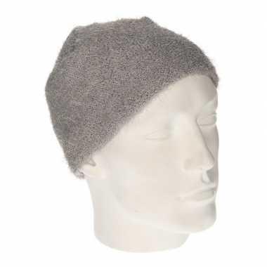 Winter muts van wol grijs voor dames