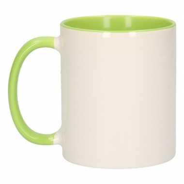 Wit met groene koffiemok zonder bedrukking