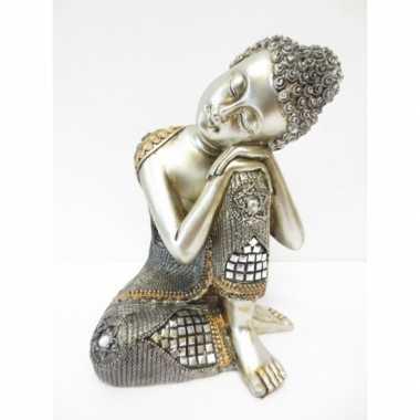 Zilveren boeddha beeld van polyresin