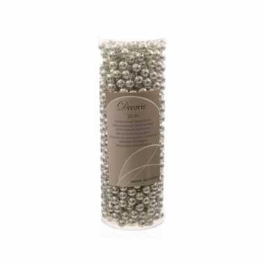 Zilveren kerstboom versiering kralen slinger