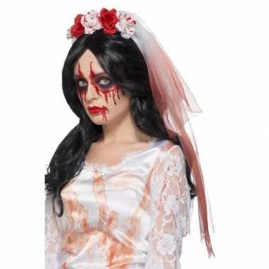 Zombie bruid sluier met bloed en rozen