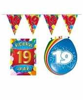 19 jarige jaar feest versiering setje 10113383