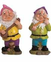 2x tuindecoratie beeldjes kabouters dwergen 30 cm muzikanten roze paars
