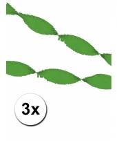 3 groene slingers van crepe papier 5 m