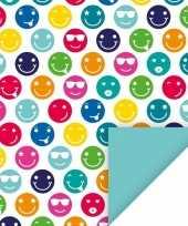 4x kadopapier feest met gekleurde smileys 70 x 200 cm