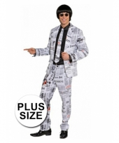 Big size krantenprint kostuum