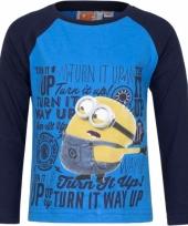 Blauw minion shirt met navy mouwen