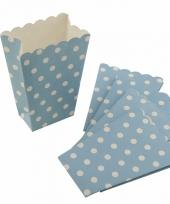 Blauwe feest popcornbakjes met witte stippen