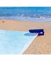 Blauwe handdoek klem
