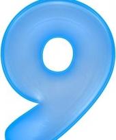 Blauwe opblaasbare getal 9
