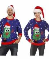 Blauwe trui voor kerst met kerstboom