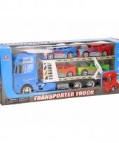 Blauwe vrachtwagens 44 cm met vier voertuigen