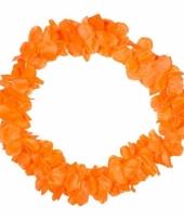 Bloemenkrans ketting oranje
