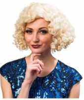 Blonde dames pruiken