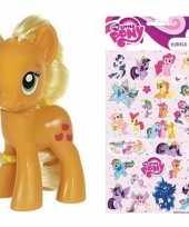 Cadeau my little pony speelgoed paardje applejack met stickertjes